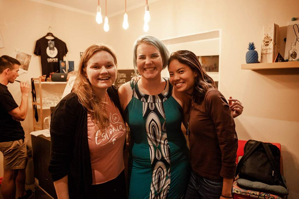 Found in Estonia hosts Tiina and Kaisa with guest on the podcast Nikki